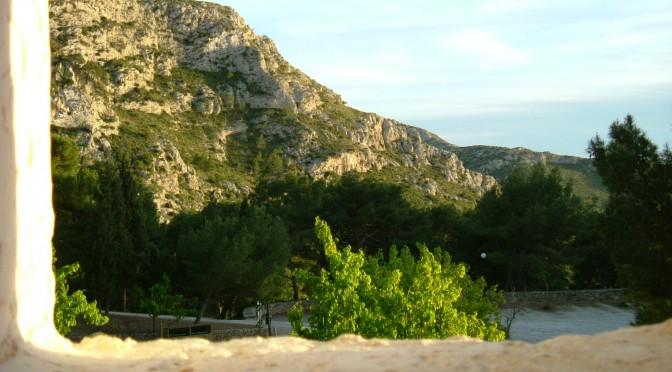 Blick aus einer Klosterzelle auf La Victoria